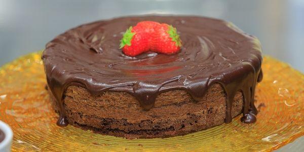 Cbc Sofra طريقة تحضير كيكة الشيكولاتة بالشوفان غادة التلي Recipe Cake Desserts Food