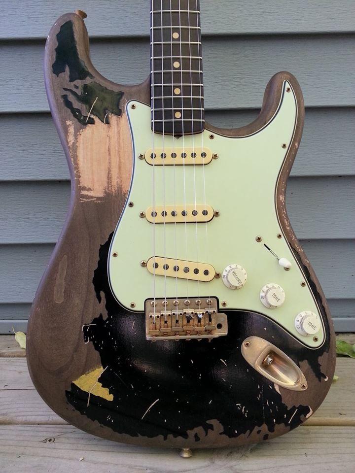 our john mayer black1 style guitar guitars guitar music custom guitars. Black Bedroom Furniture Sets. Home Design Ideas