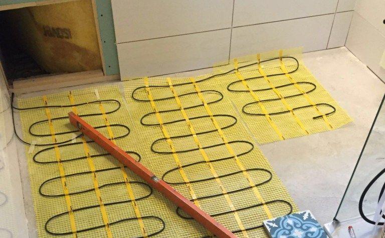 Elektrische vloerverwarming in de badkamer. | Home Love | Pinterest