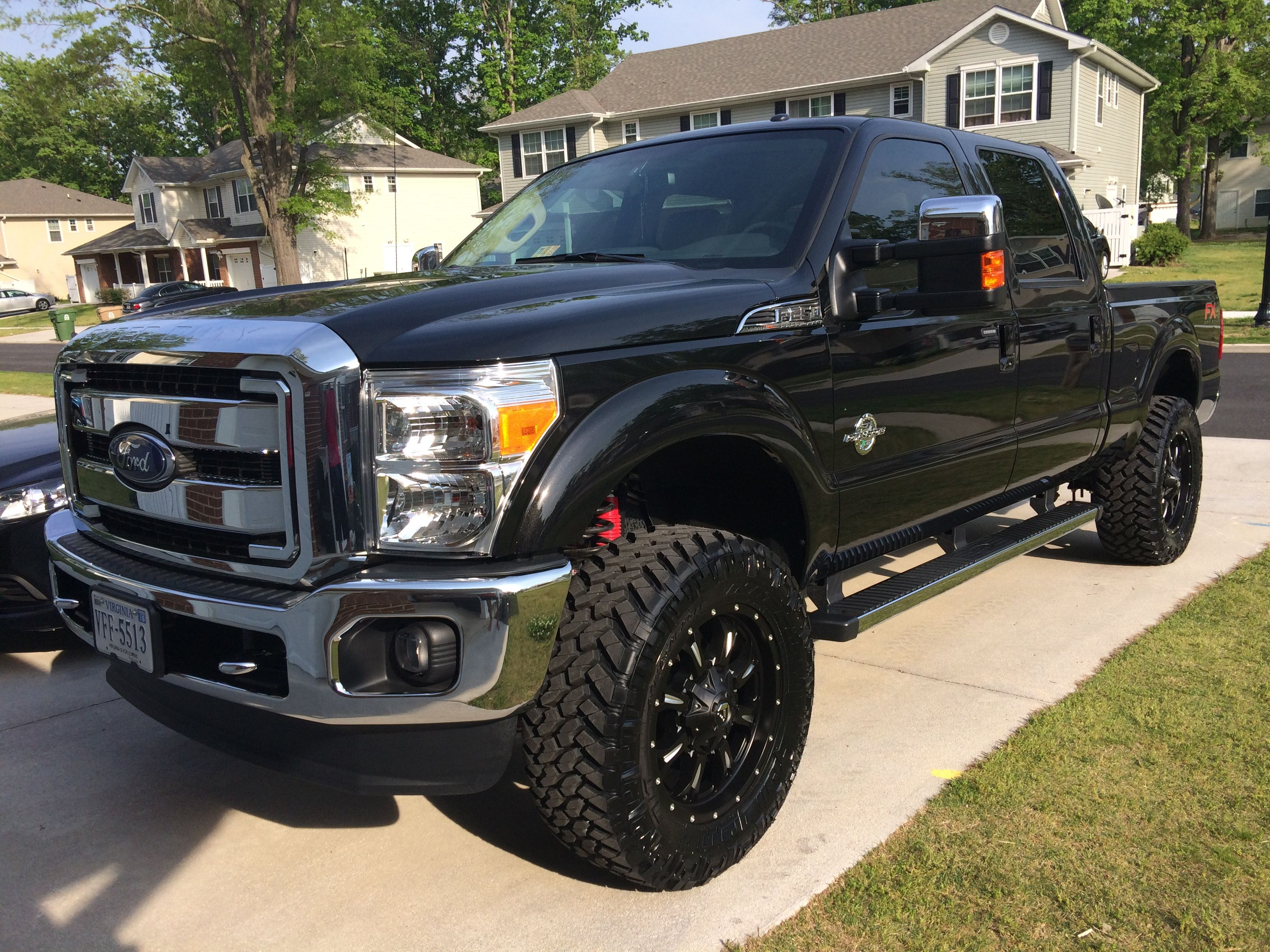 My Toy 2015 F250 Fx4 35x12 5 Nitto Trail Grapplers Mt On Fuel