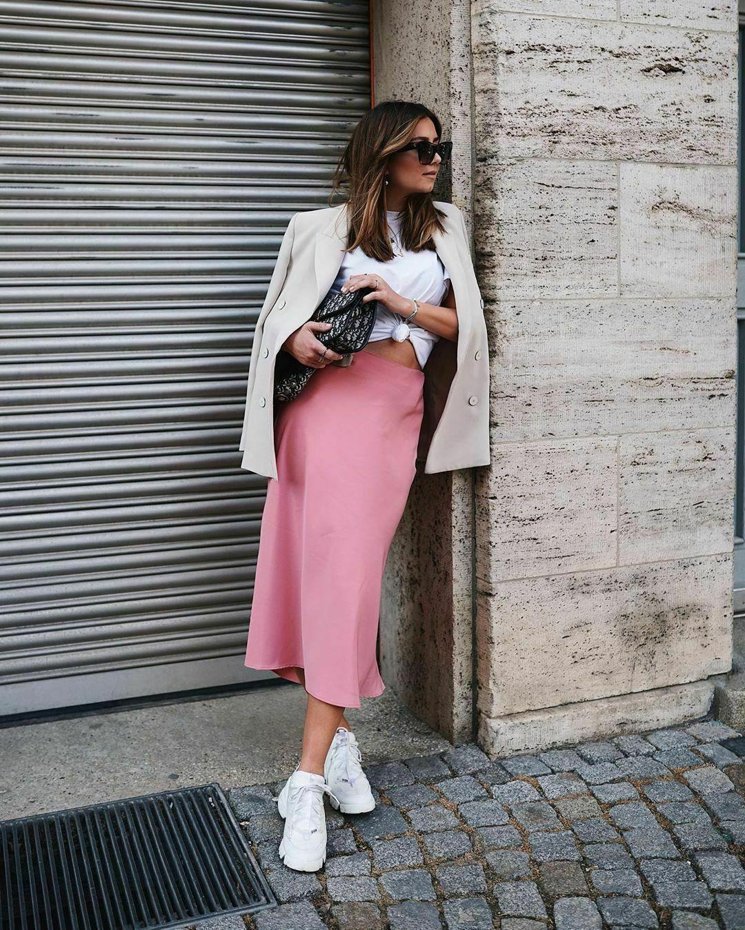 Details about Zara Pink Satin Midi Skirt Size L XL