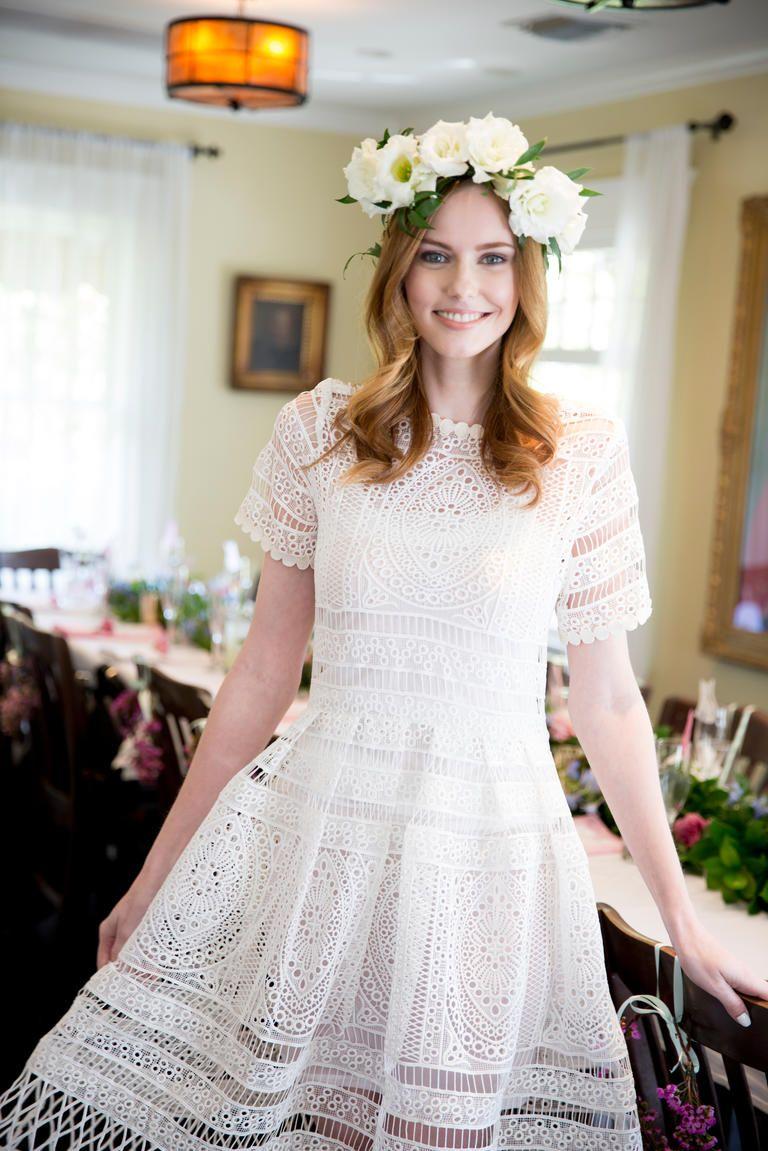 Alyssa Campanella Had The Prettiest Cat Themed Bridal