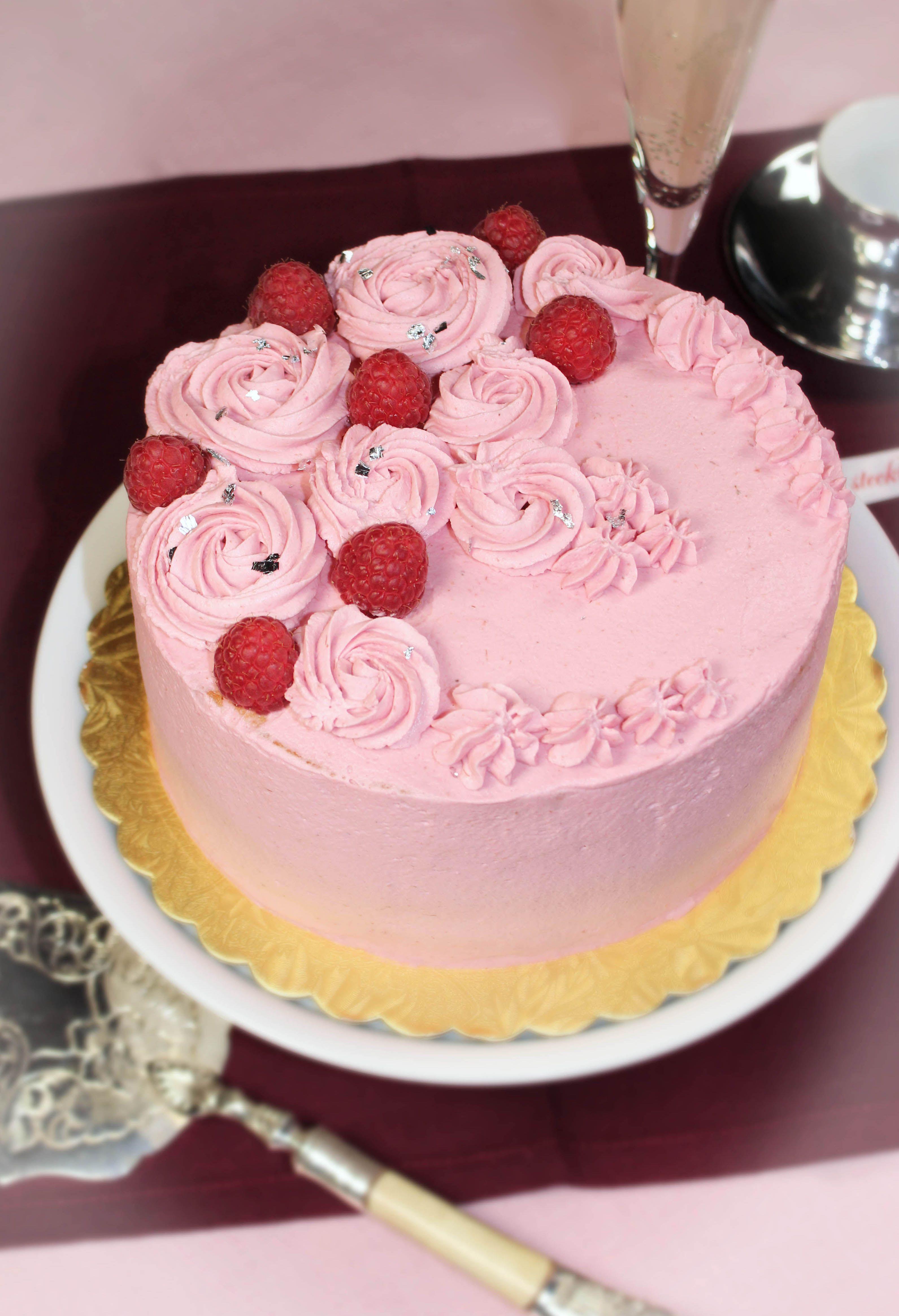 Ein Traum in rosa  Himbeertorte Stefania
