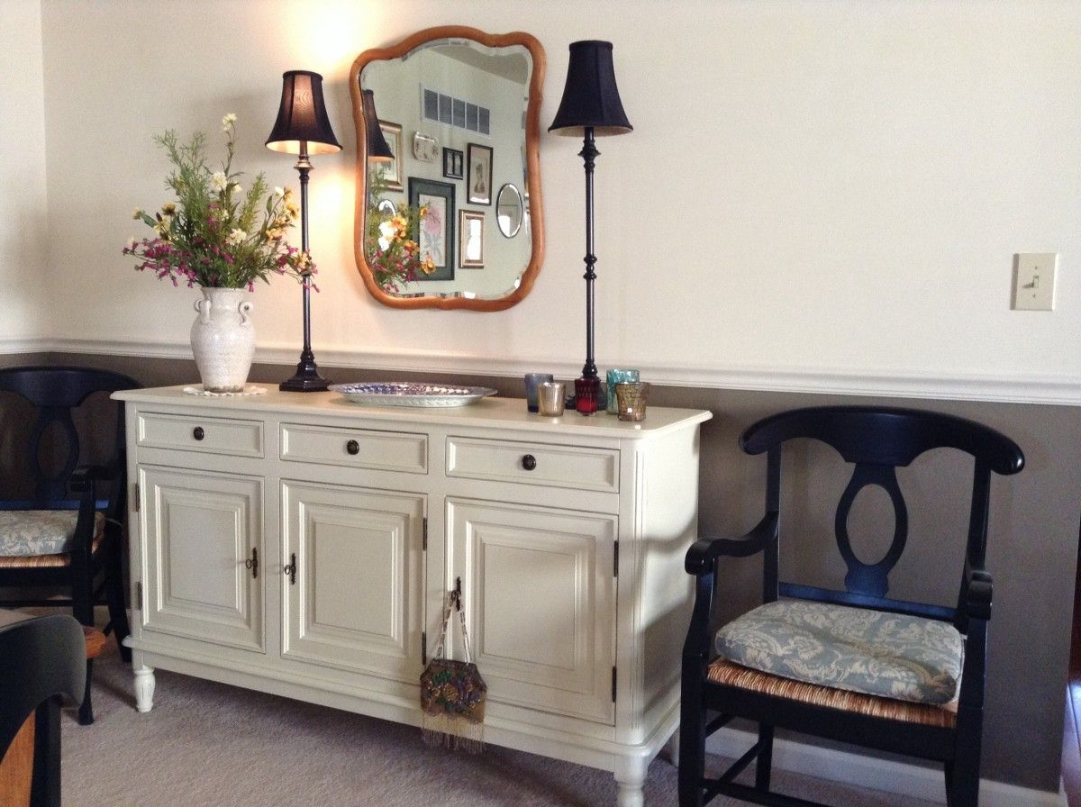 Buffet Console And Lamps