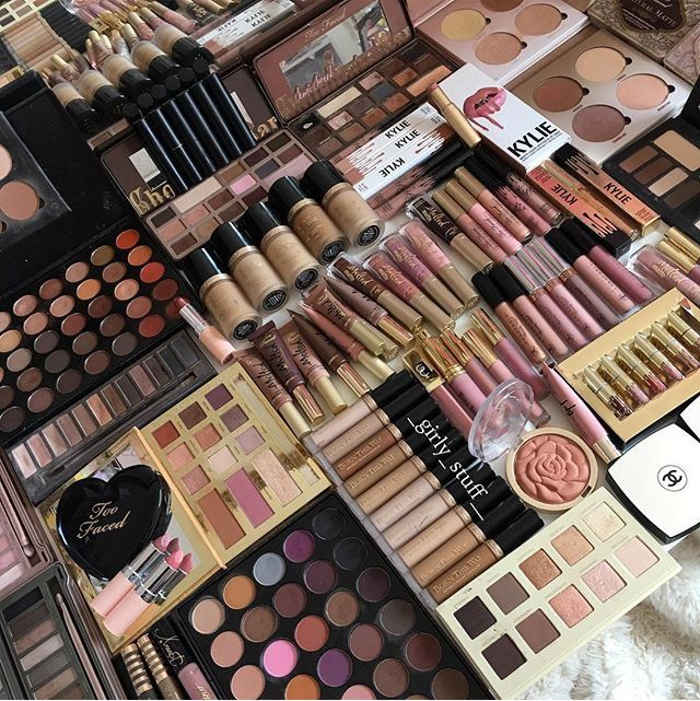 pιnтereѕт jenιιмarιee ♡ Makeup kit, Girly things