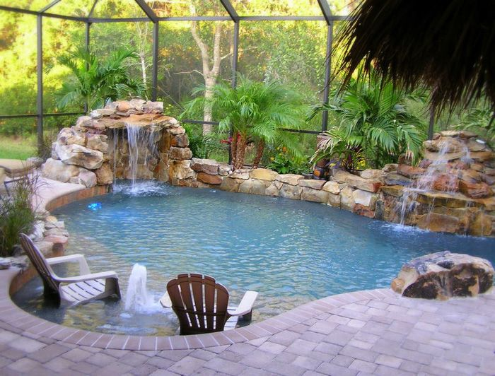 Natural Swimming Pool. Enclosed... very nice enclosure to this, it ...