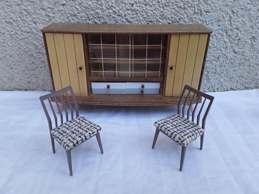 Original DDR Puppenhaus Wohnzimmer Schrank+ 2 Stuhl aus 1960-70er ...
