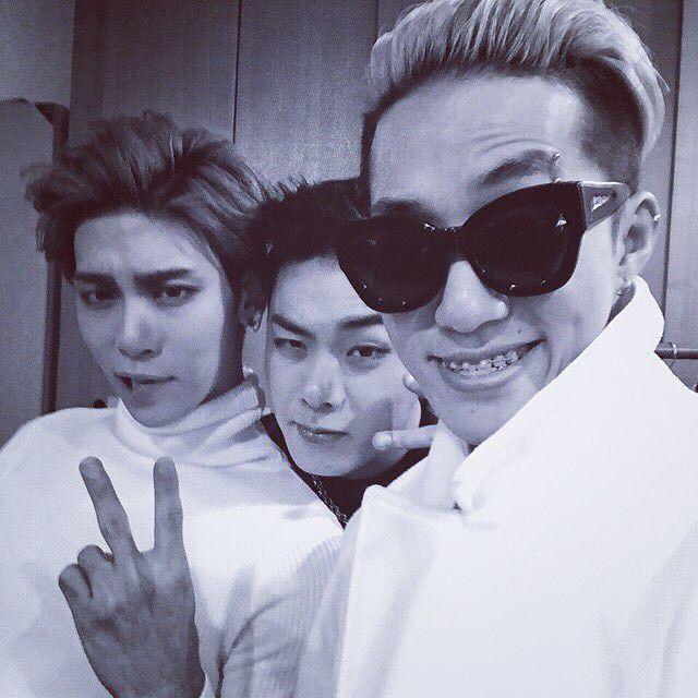 Iron Jung Hunchul 3 With Zion T And Jonghyun Jonghyun Square Sunglasses Women Shinee
