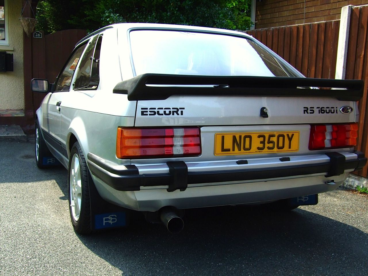 Pin On Ford Escort Rs 1600i