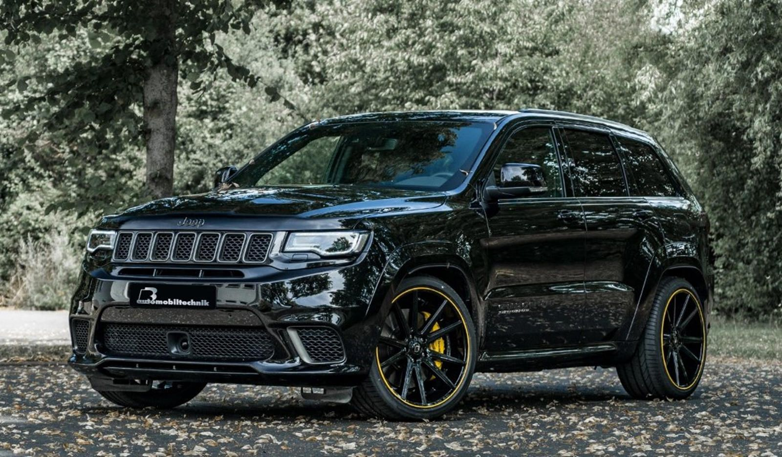 Tuned Jeep Trackhawk Hits 100 Km H In 3 4 Seconds Jeep Grand Cherokee Jeep Grand Fast Sports Cars
