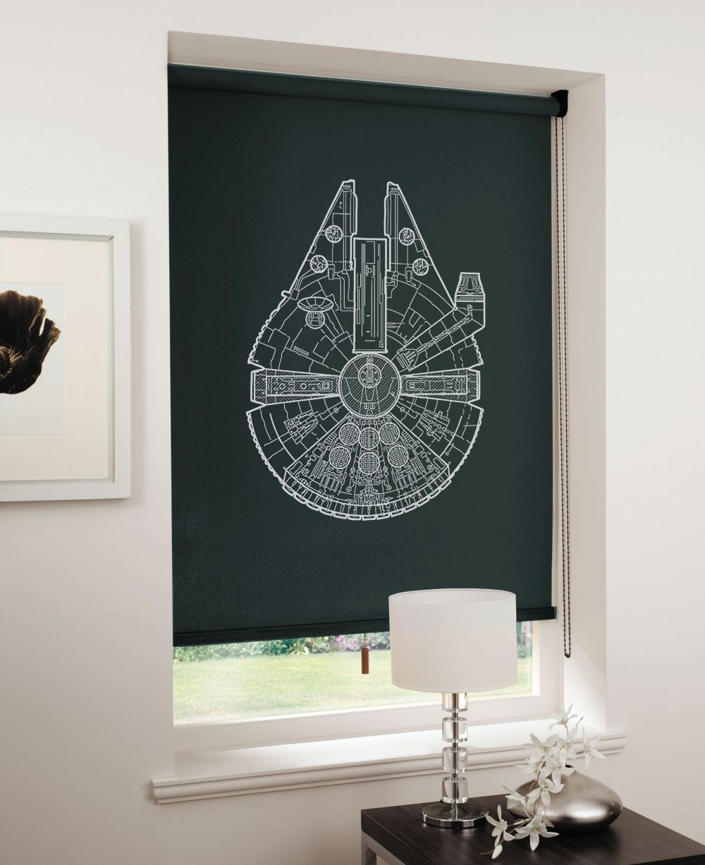 Bedroom spaceships thanks to blueprints on blinds   Das Schlafzimmer ...