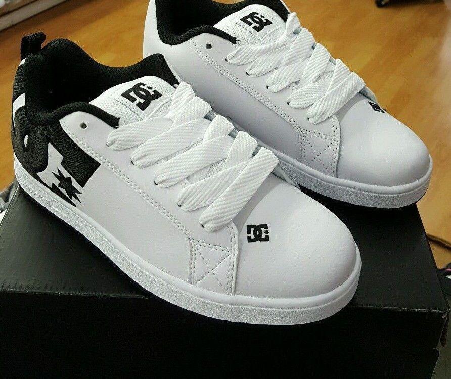 d35a6b83e94a5 DC Shoes Men's Court Graffik SE Low Top Shoes White Nubuck Leather ...