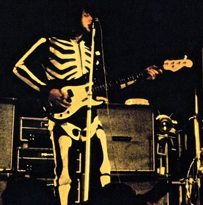 Resultado de imagen de john entwistle skeleton