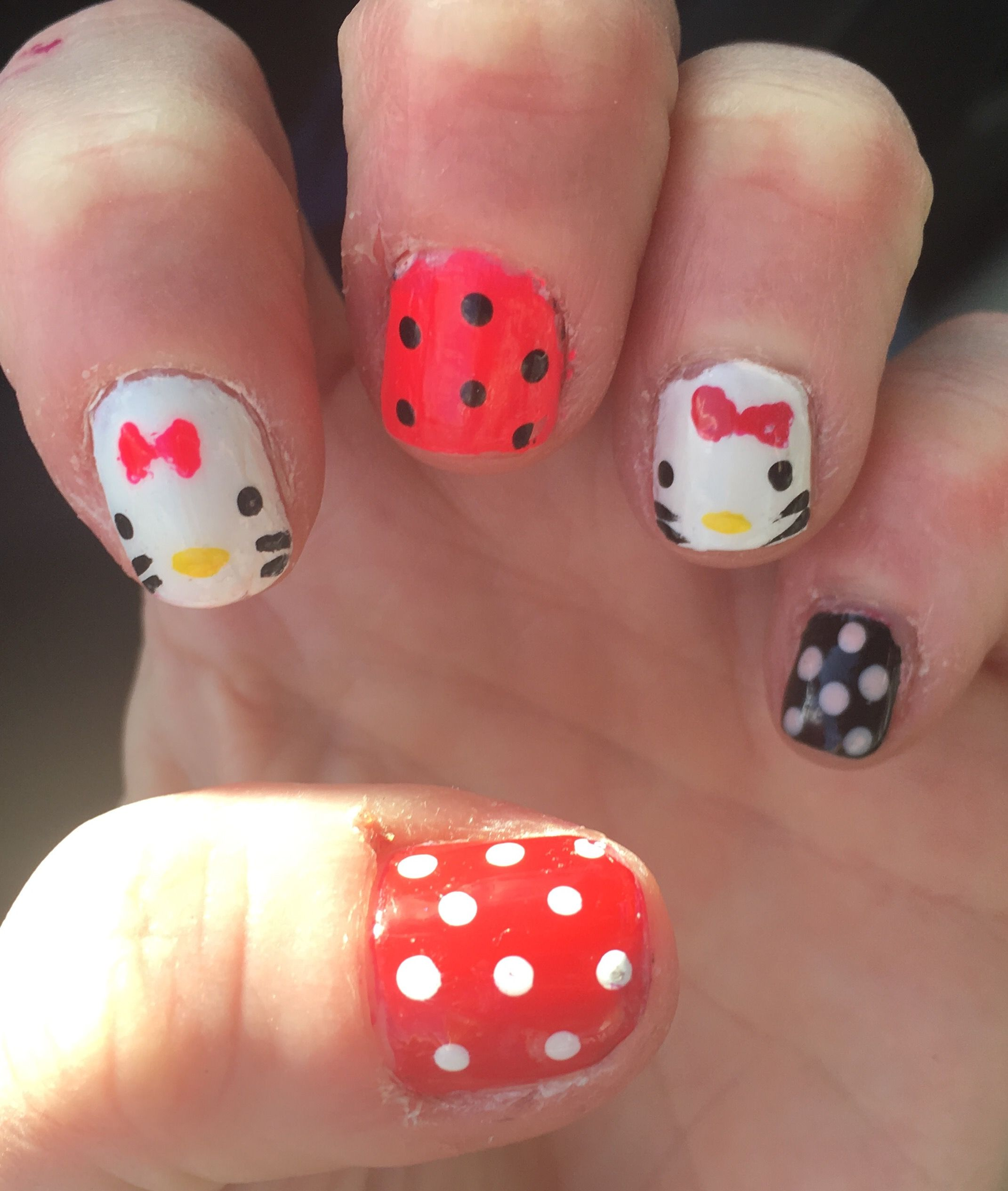 Minnie Mouse Nails | Character Nails | Pinterest