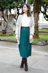 Un Look Boho Chic Con Falda Plisada Nos Encanta Faldas Vestidos Y Faldas Faldas Plisadas