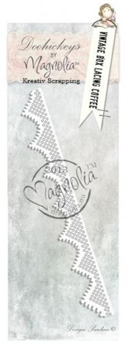 MAGNOLIA DOOHICKEY DIES - LE13 - VINTAGE BOX LACING COFFEE Nydelig dies MAGNOLIA DOOHICKEY DIES, i serien MAGNOLIA - LITTLE EASTERInneholder 1 dies. Dies passer til de fleste kuttemaskiner som Cuttlebug, Sizzix Big Shot, Vagabond, Epic Six. MAGNOLIA - LITTLE EASTER Collection: DooHickeys. DooHickeys are steel dies that can be used in most any die-cutting machine that accepts wafer-thin dies. The designs are adorable and will look right at home in any paper-crafting project.