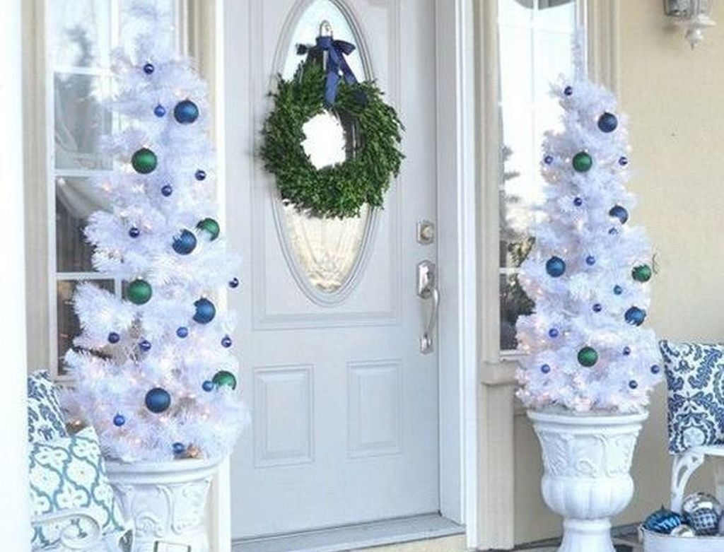 46 Elegant Blue White Christmas Decor Ideas