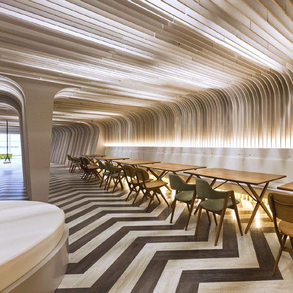 ss bu lounge 19 Colorful \ Interactive Multi Level Lounge Design - design treppe holz lebendig aussieht