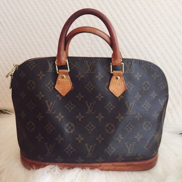 a5a92769262 Bag · Spotted while shopping on Poshmark  Authentic Louis Vuitton Alma ...