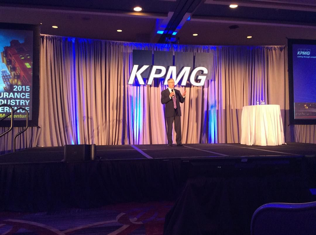 "Matthew Winter, President, @allstate: ""We can use data, analytics and emerging technology to change the customer experience in the insurance space. #KPMGIIC"