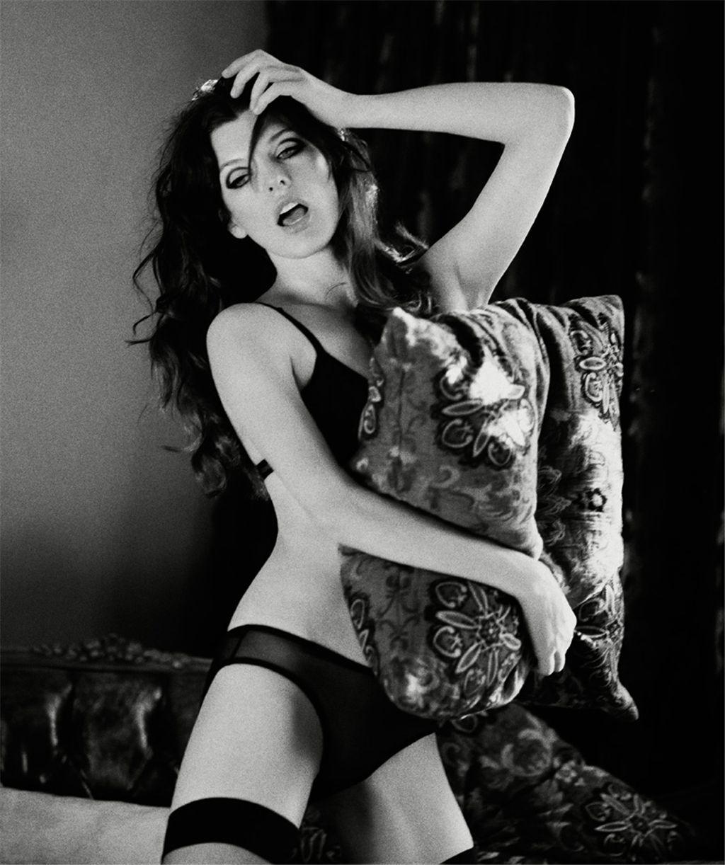 The 41 Hottest Milla Jovovich Photos