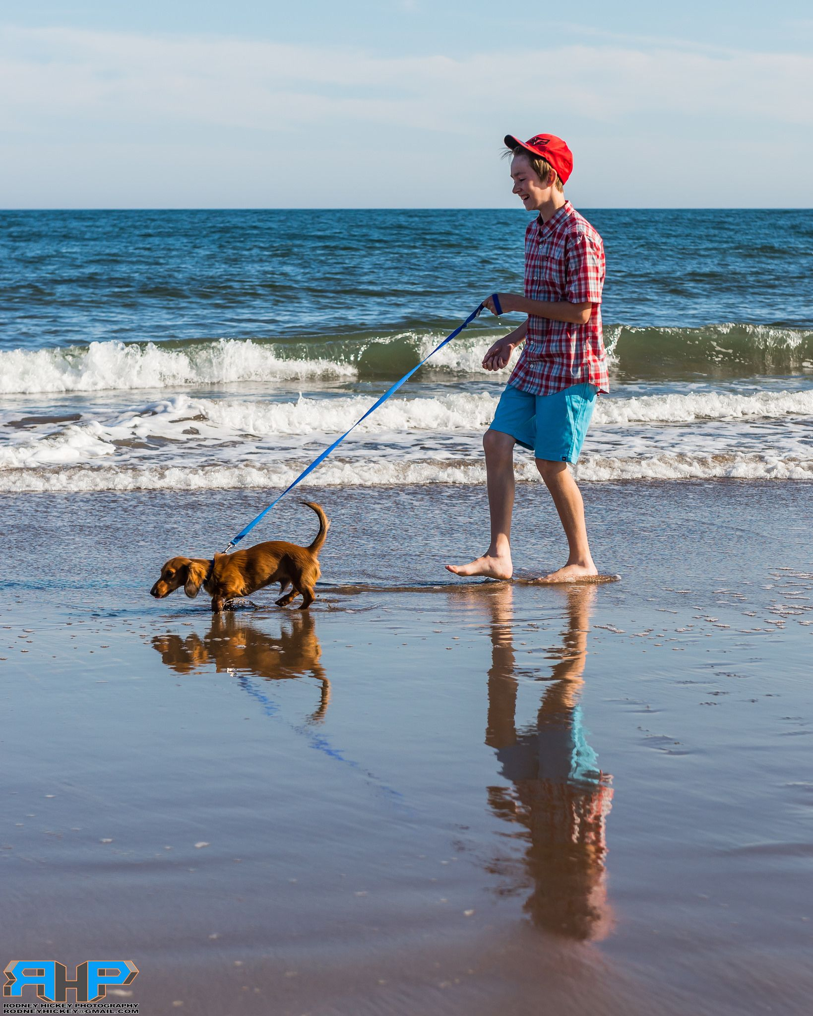 https://flic.kr/p/vXNibx | A Walk on the Beach   - Best viewed Large at http://www.flickr.com/photos/sizzler68/ - © Rodney Hickey Photography 2015