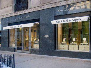 Myefski Architects | Van Cleef & Arpels, Retail, Exterior, Chicago, IL.  #myefski, #architecture, #interiordesign