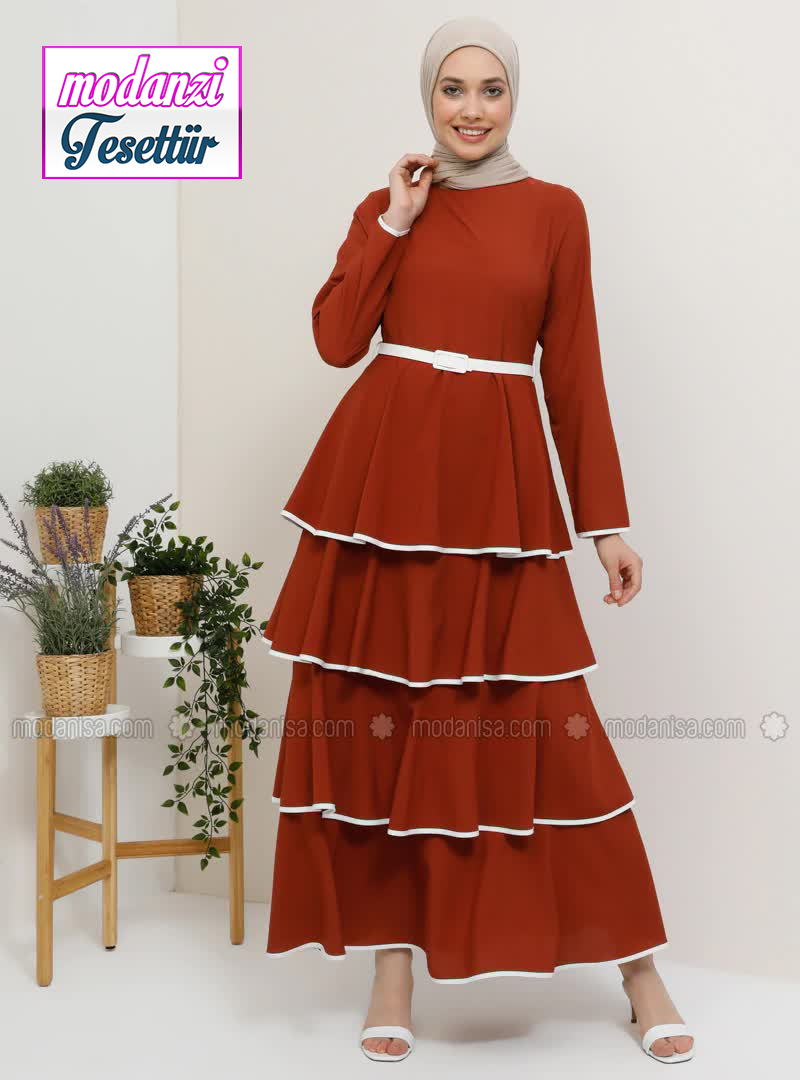 Tesettur Elbise Hijab Dress Panosundaki Pin