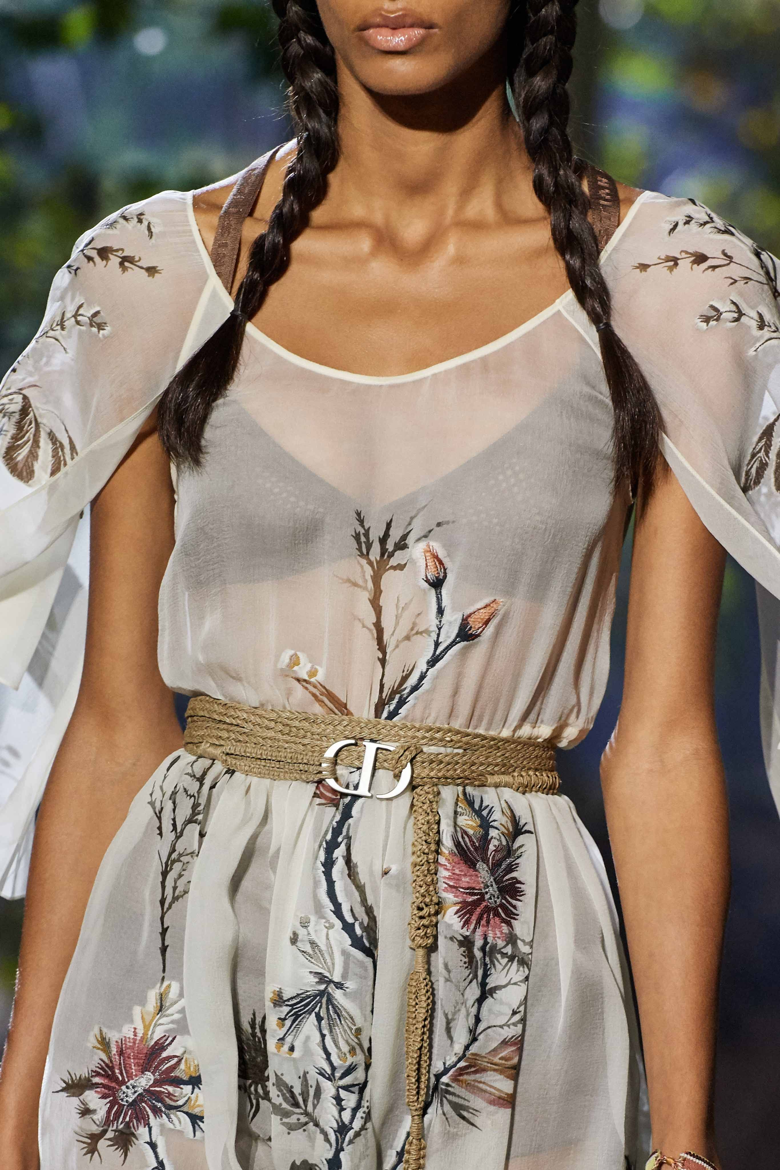 Spring 2020 Beauty And Accessory Runway Trends Report In 2020