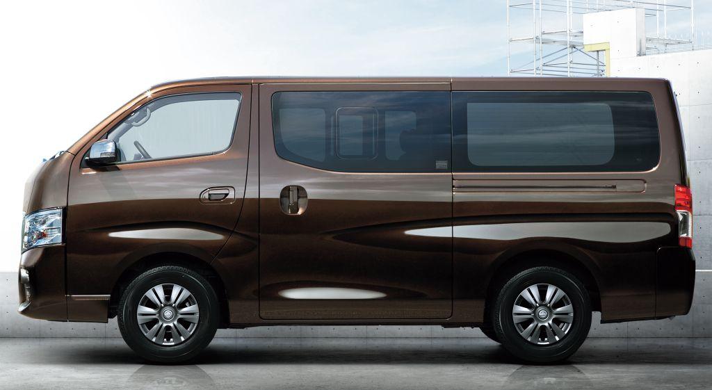 51c46b2d578aeb Nissan NV350 Caravan Premium GX (E26) - 2017