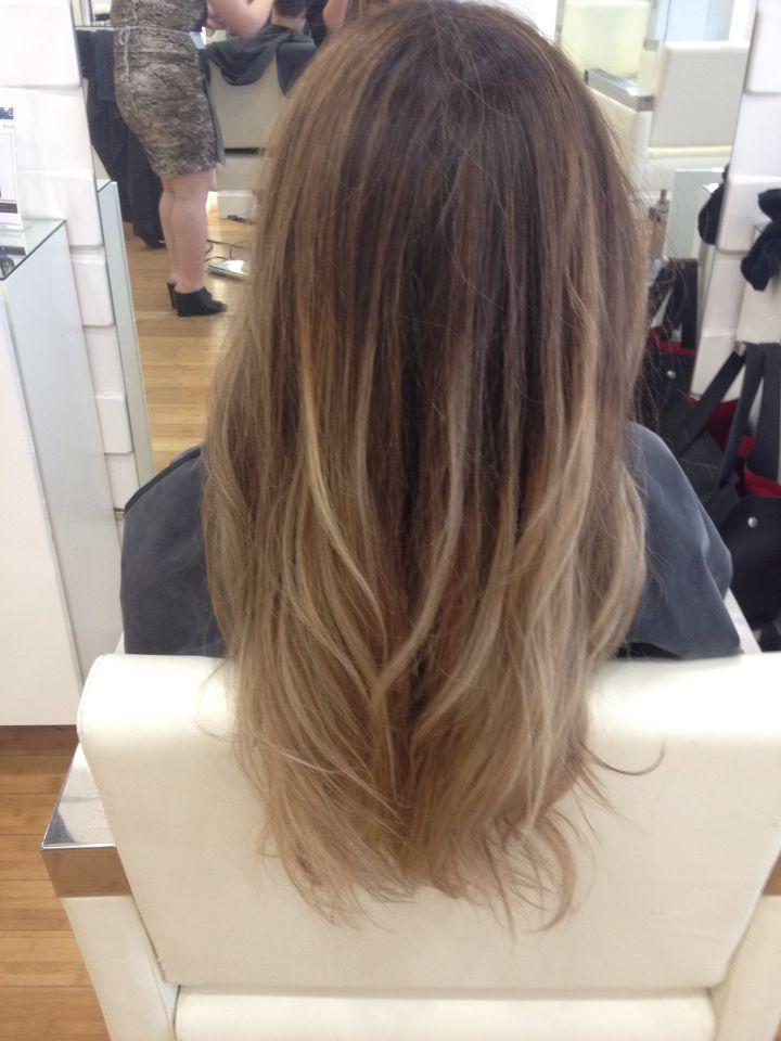 Latina Blonde Balayage Caramel Into Bright Blonde Balayage Olaplex Latina Hair Hair Hair Images