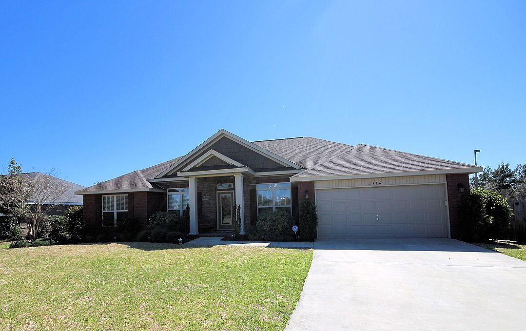 Great Home in Woodlawn Heights