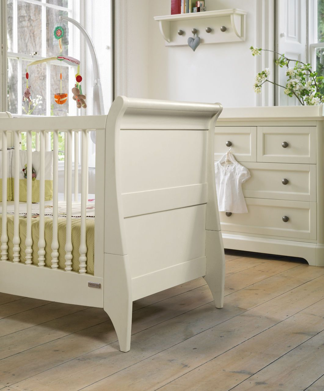 - Orchard Sleigh Cot/Toddler Bed - White - Orchard - Mamas & Papas