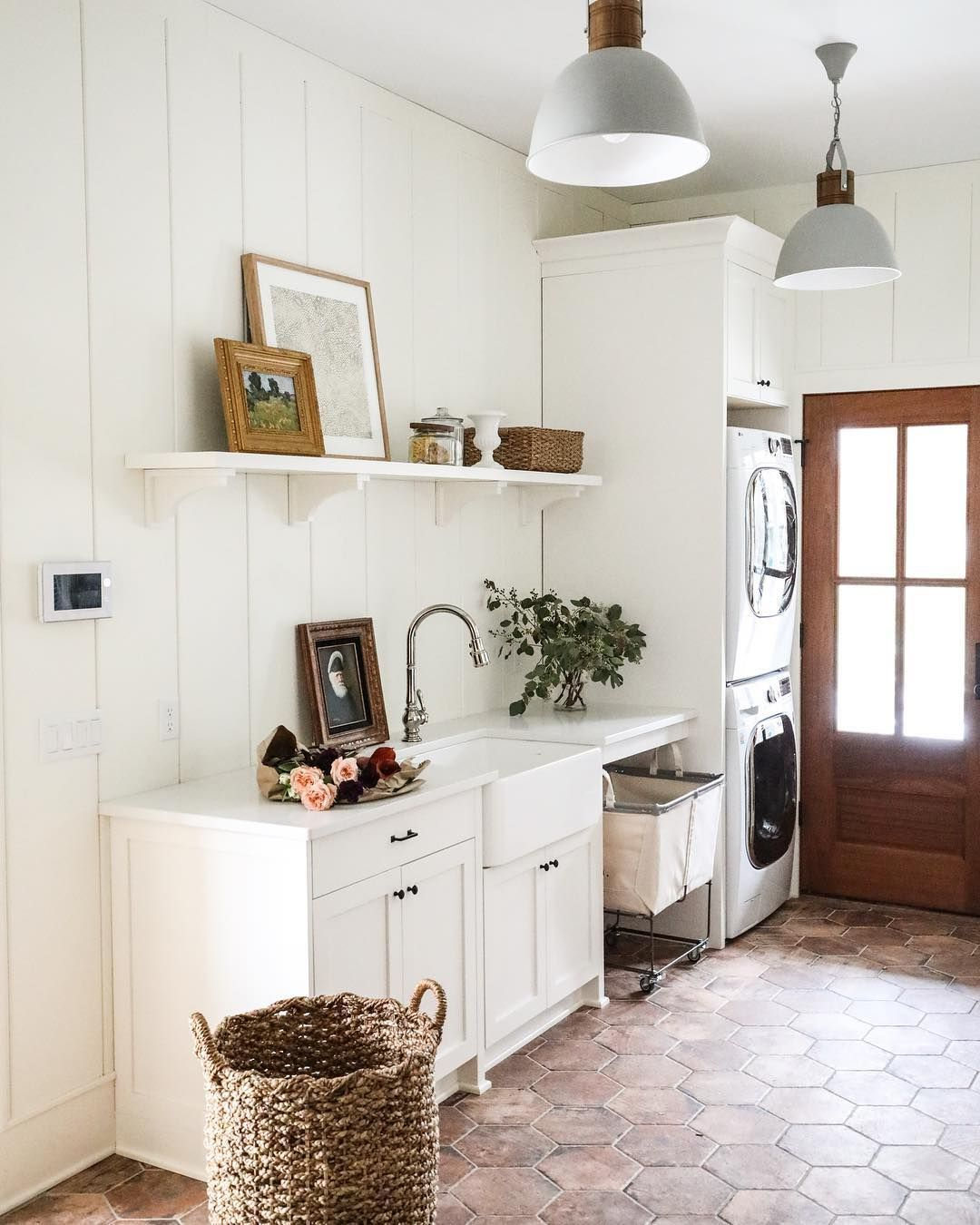 From The Pendant Lights To Tile Floor We Re In Love With This Mudroom E Parkandoakdesign Thecottagejournal Designinspo