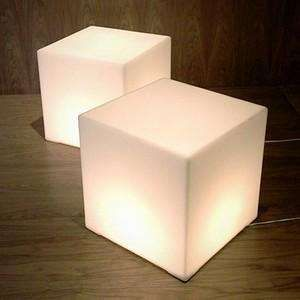 Lightbox Cube Table   Want To Find A DIY Tutorial For Something Similar.