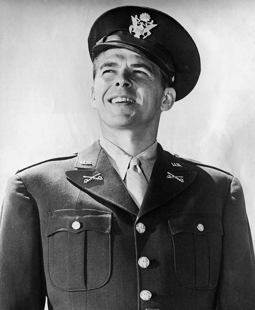 Ronald Reagan in 1942 entered the Army Air Forces first Motion Picture Unit, with the rank of second lieutenant and later rose to that of captain. in 1947 received a commission as a second lieutenant in the US Cavalry Reserve