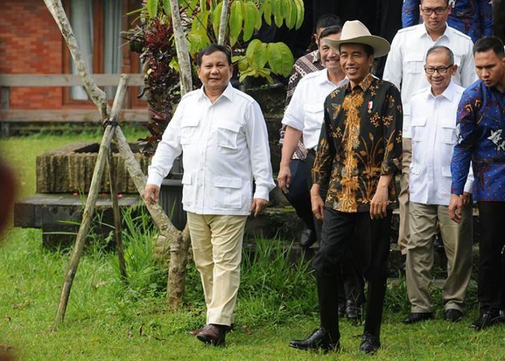 Riau Book-Menyikapi status tersangka Gubernur DKI non aktif Basuki dalam kasus penistaan agama, Presiden Joko Widodo (Jokowi) meminta seluruh pihak…