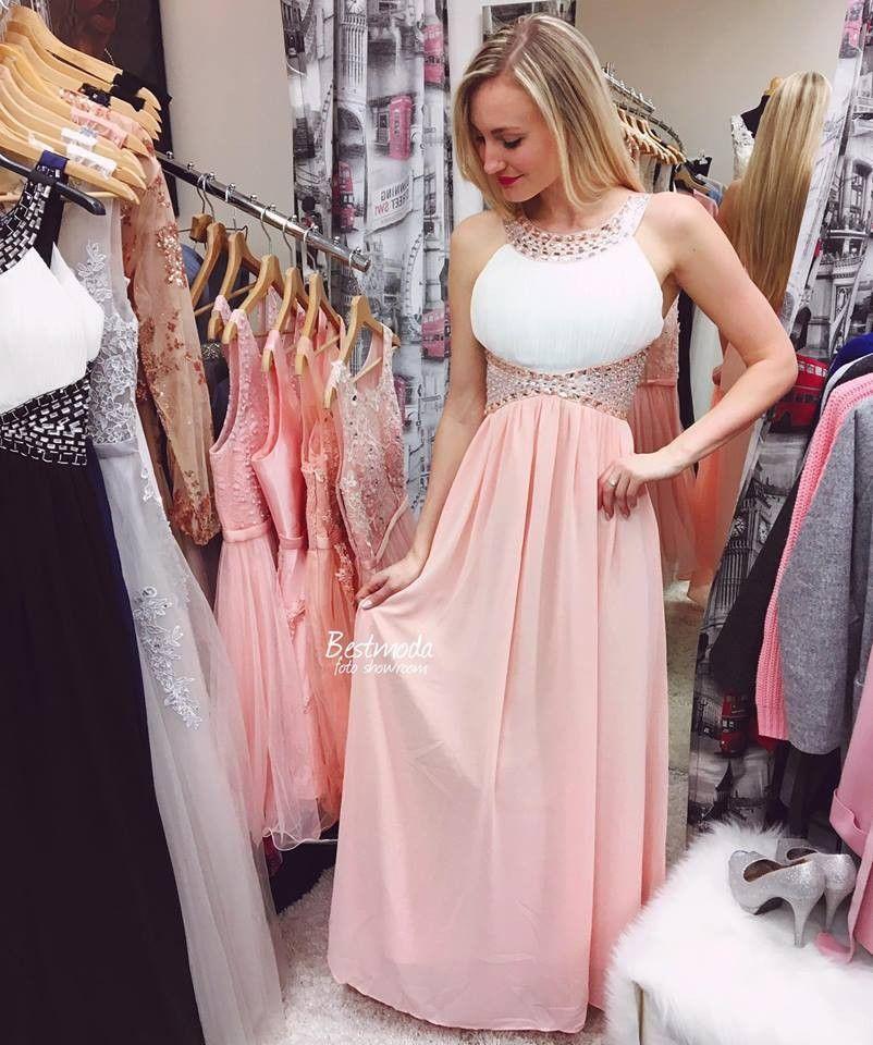 6ae8caafaf3 Společenské šaty z francouzské kolekce Eva Lola skladem na Bestmoda ...