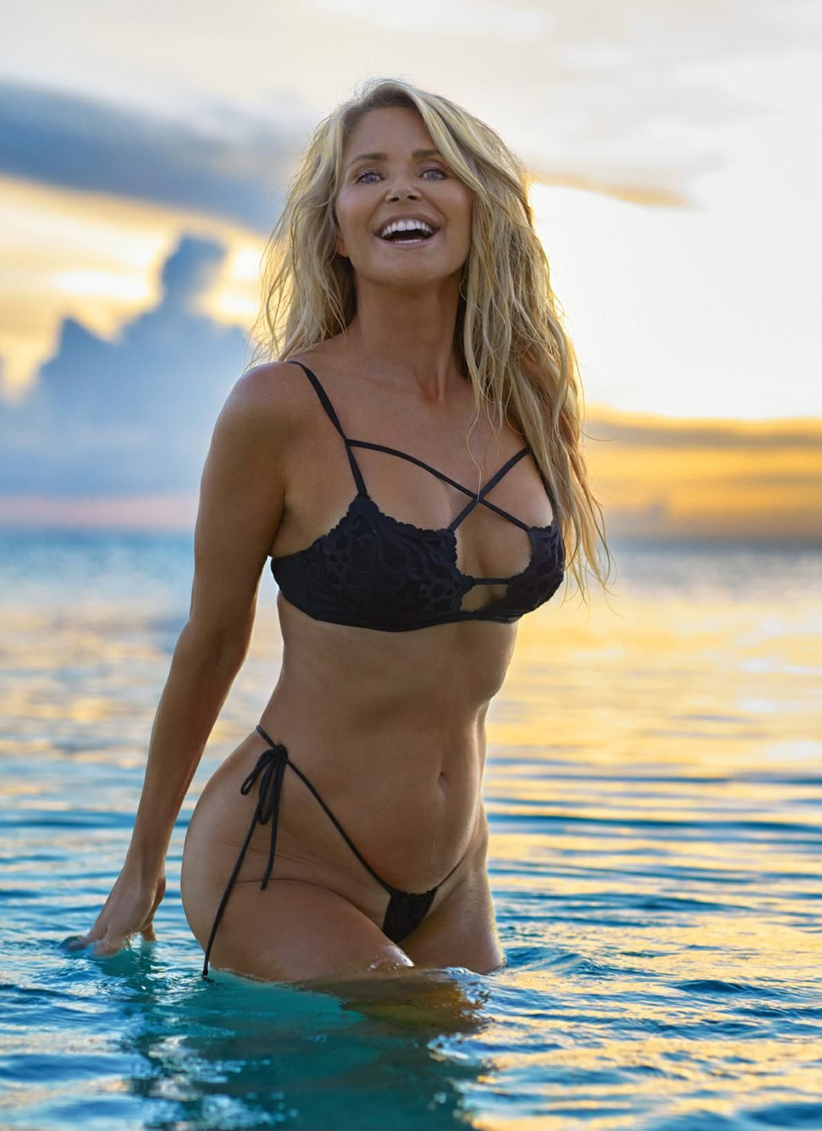 Last Year's Illustrated Year 64 Christie Brinkley Old In Sports 9DeEH2IYW