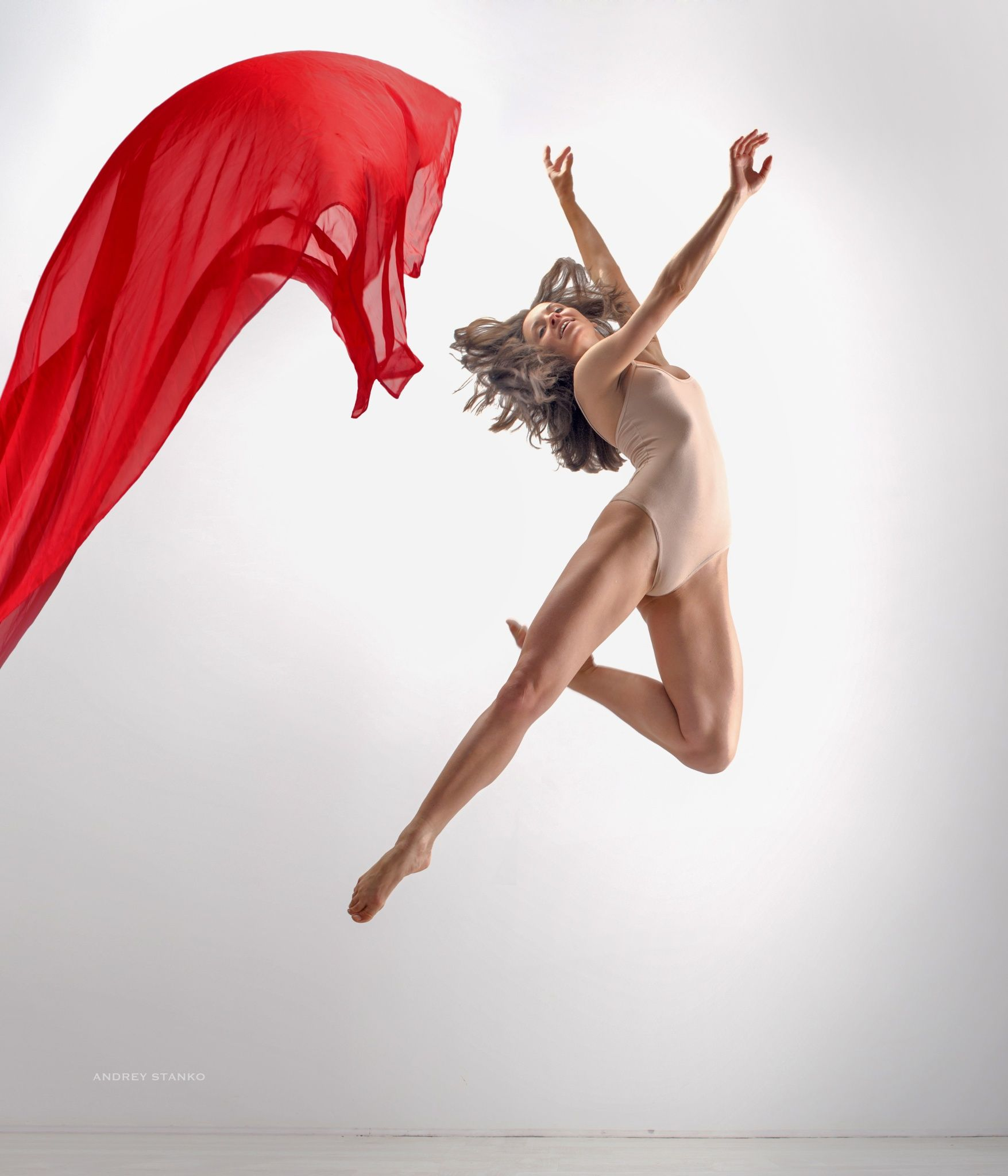 Flight by Andrey Stanko / 500px   Dance photography