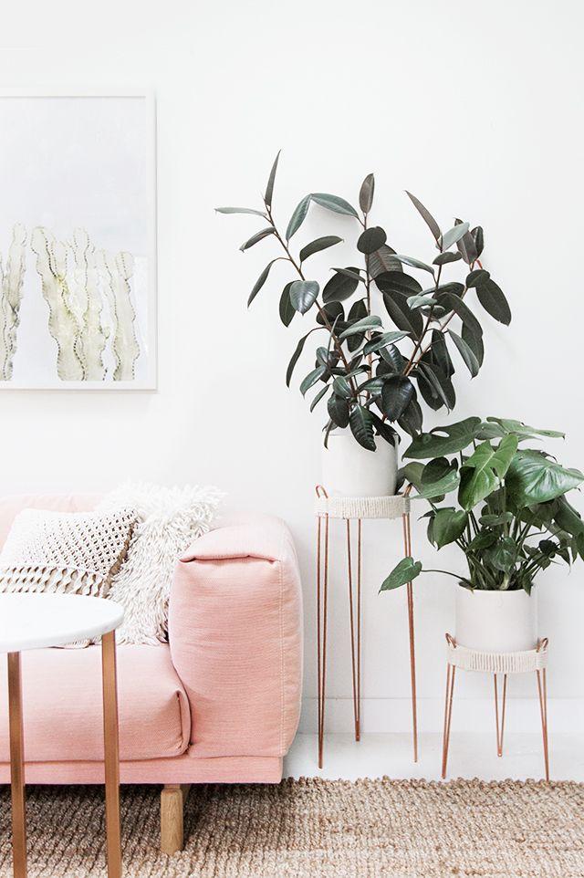 Dekoideen Wohnzimmer: DIY Pflanzenständer In Kupferfarbe