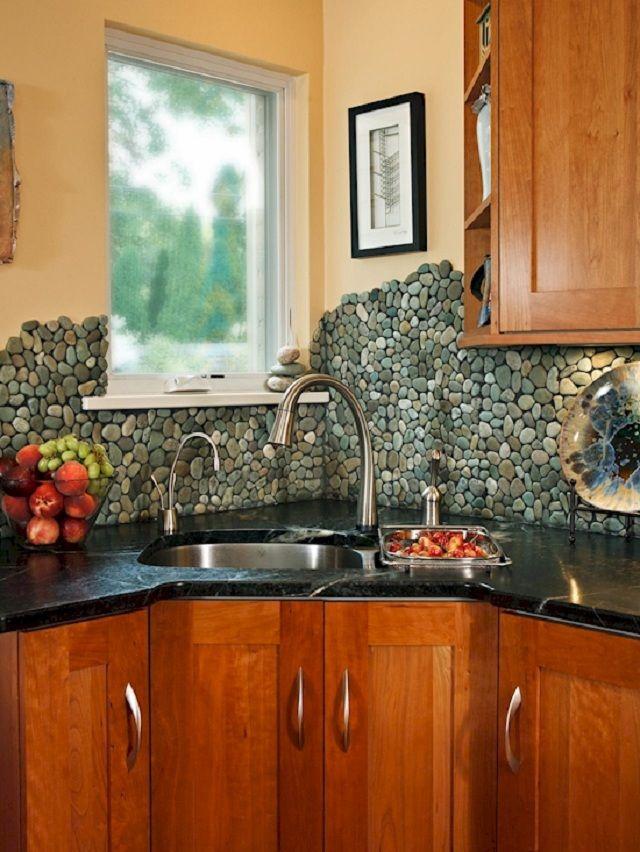 16 creative kitchen backsplashes that improve the interior design rh pinterest co uk