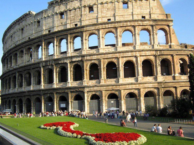 Roman Colosseum: Rome Italy | Rome italy, Rome, Colosseum