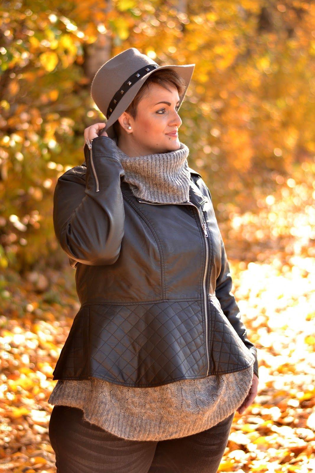 Curvy Claudia: Oversized Sweater & Skinny Jeans