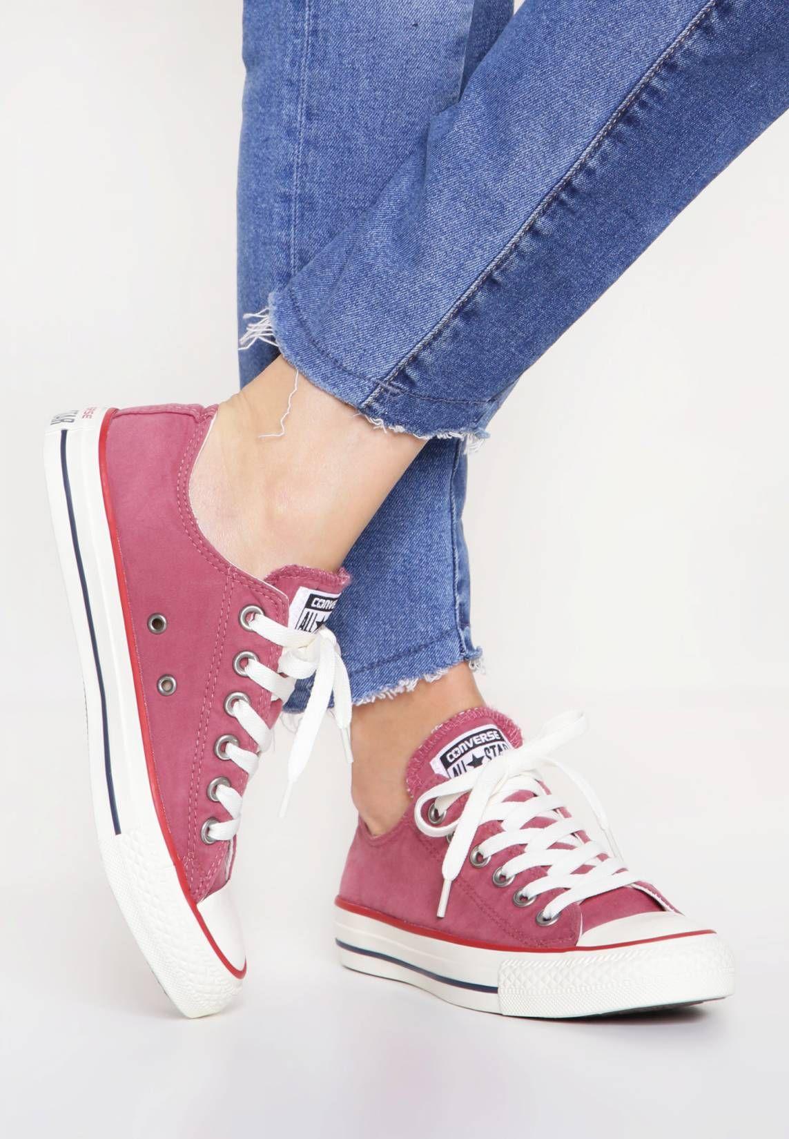 e8792fe4ceb Converse. CHUCK TAYLOR ALL STAR OMBRE WASH - Sneakers laag - port garnet  egret. voering textiel. sluiting veter. neus rond. Hakvorm vlak.  patroon effen. ...