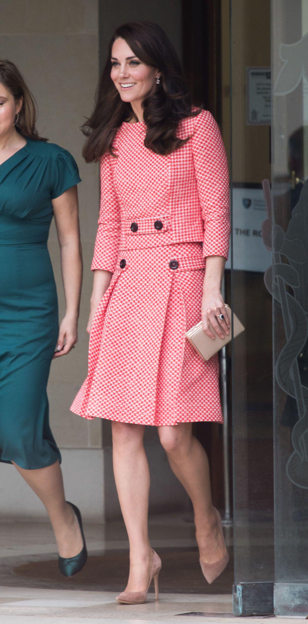 Kate Middleton Wore the Most Gorgeous Pastel Green Coat | Pinterest ...