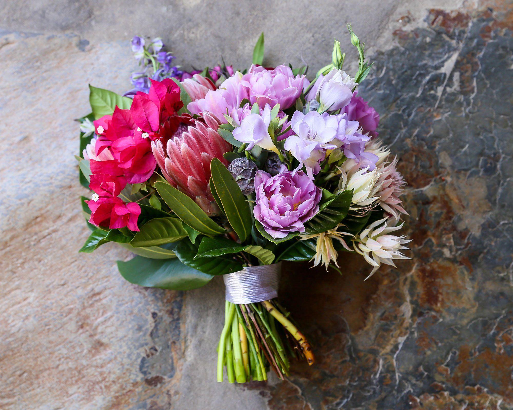 Billy farrell and bethanie bradys desert wedding flowers palm billy farrell and bethanie bradys desert wedding izmirmasajfo