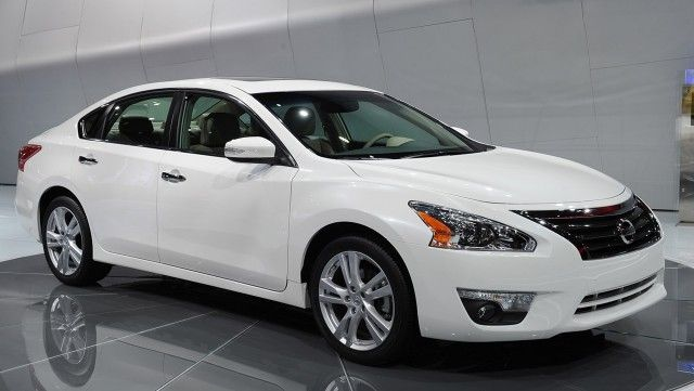 2014 Nissan Altima Cars Wallpapers Wallpaperway Com Nissan Altima Best Family Cars Nissan