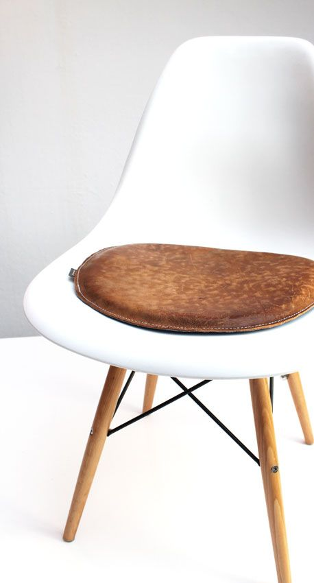 Elegant Sitzkissen Aus Leder Für Den Vitra Stuhl