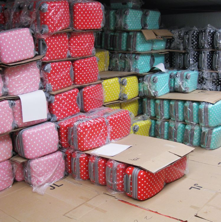 Genuine Polka Dot abs trolley luggage from bulltao.com.au